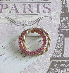 Pink Circle Brooch Pin Vintage Double Circle Pink by baublology #vogueteam #vintagejewelry #vintagepinkjewelry #rhinestonejewelry