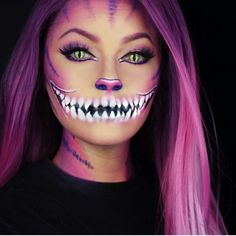 23 cute makeup ideas for Halloween 2018 - Frisurenx.site - 23 cute makeup ideas for Halloween 2018 – Frisurenx. Halloween 2018, Looks Halloween, Halloween Inspo, Really Scary Halloween Costumes, Alice Halloween, Halloween Horror, Halloween Halloween, Cat Halloween Makeup, Halloween Cosplay
