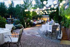 La Perle Noire Restaurant and Lounge