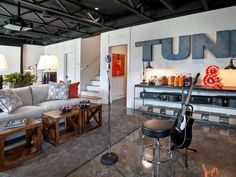 - Stage Pictures From HGTV Smart Home 2014 on HGTV    MIC AND ALL INTERMENTS...CORY!