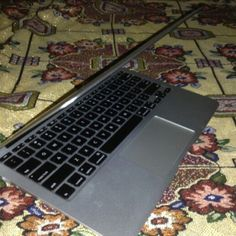 For Sale: macbook Air 11 Inch Mid 2013 for $100