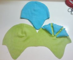 How to make a baby hat. Fleece Dino Hat - Step 5