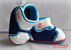 Babyschuhe Sneakers Boy *Mika* von trudi`s-kram auf DaWanda.com