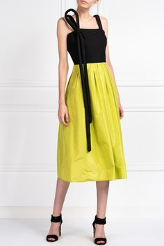 Black and lime green silk and wool dress.- Ready-to-Wear Collection- Length 108 cm / in- Neoprene tube detail attached to shoulder Taffeta Skirt, Tube Dress, Green Silk, Wool Dress, Bodice, Midi Skirt, High Waisted Skirt, Ready To Wear, Boutique