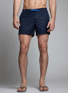 A great set of legs and a good length for a short: 5 inch.