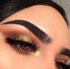 Gorgeous Makeup: Tips and Tricks With Eye Makeup and Eyeshadow – Makeup Design Ideas Cute Makeup, Glam Makeup, Gorgeous Makeup, Pretty Makeup, Skin Makeup, Makeup Inspo, Eyeshadow Makeup, Eyeliner, Eyebrows
