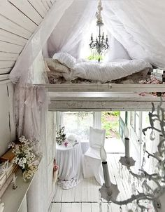 Okay. So I know it's not set up as a creative space, but I really could see it done so with beautiful shabby chic furniture. A little cottage down the back yard.
