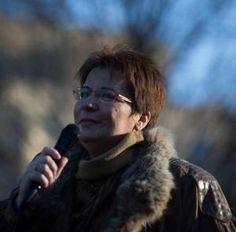 La forza  delle donne romene @Immezcla https://dumitrachesilvia.wordpress.com/2014/12/22/la-forza-di-silvia-dumitrache-e-delle-donne-romene-immezcla/