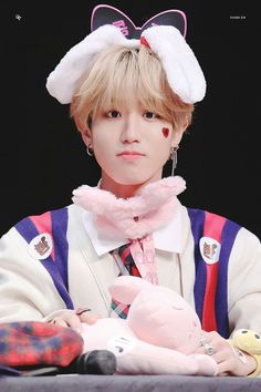 ❝ur a ho >:( ❞ In which their first encounter is Jisung calling M… # Fanfiction # amreading # books # wattpad Felix Stray Kids, Lee Min Ho, Baby Squirrel, Quokka, Hamster, Ji Sung, Animes Wallpapers, Baby Photos, Boy Bands