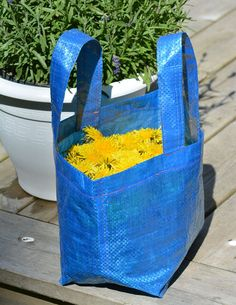 Hinkpåse Diy And Crafts, Totes, Barn, Craft Ideas, Sewing, Jeans, Creative, Converted Barn, Dressmaking