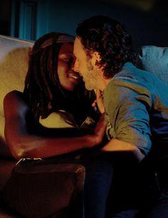 Rick et Michonne dans la saison Walking Dead 6 Episode 10 |  L'autre monde