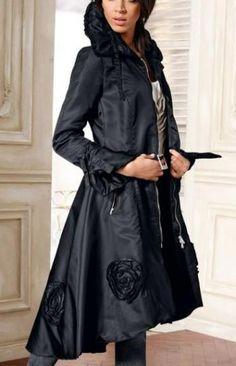 Помогите украсить старое пальто кружевом