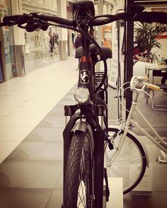 Instagram picutre by @emovica_lets_bike: #eBike #sinusbike @emovica_lets_bike @CCEurosia #Emovicaletsbike #Bikeculture #pedalaognigiorno #sempreinsella #Bike #Parmainbici #Emovica #parma | www.emovica.it | - Shop E-Bikes at ElectricBikeCity.com (Use coupon PINTEREST for 10% off!)