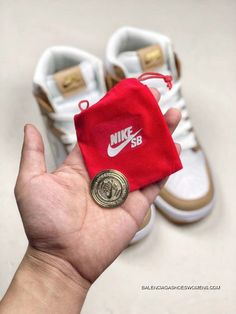 32c8f1c099cb Premier X Nike SB Dunk High Win Some   Lose Some 881758-217 White Vachetta  Tan-Metallic Gold Women Mens Basketball Shoes Online