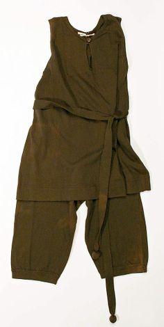 Beachwear (Bathing Suit)  Date: 1905–8 Culture: American Medium: wool Dimensions: Length: 42 in. (106.7 cm)