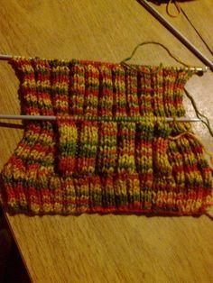 Pullover con capucha y bolsillo canguro   Curso de tejido Crochet Blocks, Projects To Try, Margarita, Pullover, Knitting, Dali, Google, Fashion, Wool Sweaters