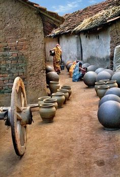 Een pottenbakkers-dorpje in West Bengal.