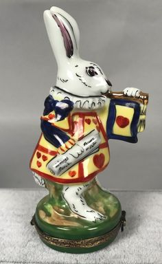 Rochard Limoges Trinket Box - White Rabbit from Alice in Wonderland - Disney 528
