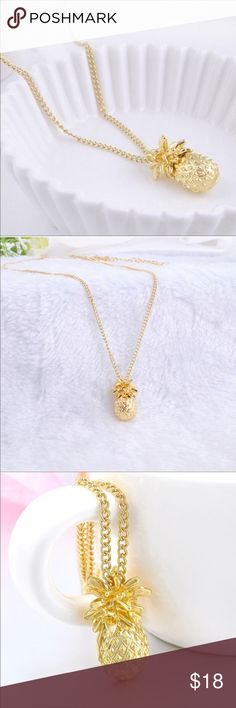 Pineapple Pendant Necklace 🍍💛 NWT Adorable Pineapple Pendant Necklace. They are so cute! Perfect for layering or wearing alone 🌟💛 Jewelry Necklaces