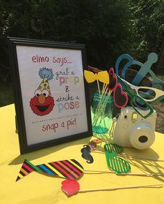Sesame Street Elmo Birthday Party Photo Booth