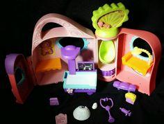Littlest Pet Shop Get Better Center Playset Doctor accessories 2005 Hasbro LPS #Hasbro
