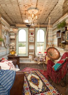 Amie and Jolie brought Junk Gypsy funkiness to the quaint treehouse. The bohemian-style furniture and décor liven up the living space. #funkyfurniture