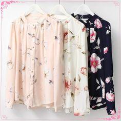한들한들 예쁜 꽃송이 블라우스 (˃᷄ꇴ˂᷅ ૂ๑)  보는 사람도 산뜻한 기분이 느껴지는 보드라운 컬러와 꽃무늬가 어울리는 블라우스입니다 예쁘네요~! 향기옷장에서 만나보세요 ^_^  검색창에 향기옷장을 입력하세요 www.scentcloset.co.kr  http://m.storefarm.naver.com/perfumedress/products/636033159  #향기옷장 #scentcloset #어이거이쁘다 #어이거예쁘다 #블라우스 #신상 #블라우스추천 #블라우스코디 #블라우스예쁜곳 #블라우스패션