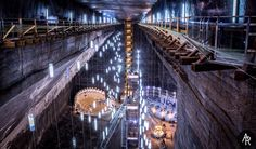 Salina Turda is an impressive salt mine, converted into a super-impressive underground world located around miles) outside of Cluj-Napoca. Spa Treatment Room, Spa Treatments, 13th Floor, Underground World, Main Attraction, Great Pictures, How To Take Photos, Pathways, Geology