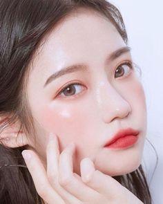 makeup ulzzang & makeup u Korean Natural Makeup, Korean Makeup Look, Asian Eye Makeup, Korean Make Up Natural, Make Up Korean, Asian Make Up, Korean Face, Cute Makeup, Pretty Makeup