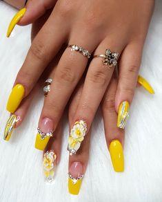 makeup nails nail care summer nails nails nail tutorials nails diy essie n Glam Nails, Bling Nails, Diy Nails, Cute Nails, Orange Nail Designs, Diy Nail Designs, Short Nail Designs, Essie, Perfect Nails