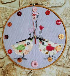 Uhr für mein Nähzimmer #UhrAusStickrahmen
