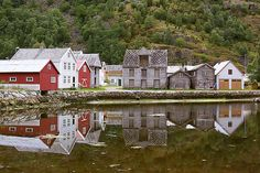 Little_Red_Houses