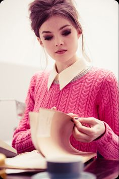 60s inspired: cat eye, white blouse with pointed collar, and fuschia knit. #valentinesday