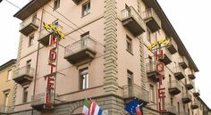 Hotel Savona Alba Hotel Savona is set in the heart of Alba, close to the shopping district and the finest restaurants. It features a private car park and a team of helpful staff.  The Savona Hotel offers free Wi-Fi access in common areas.