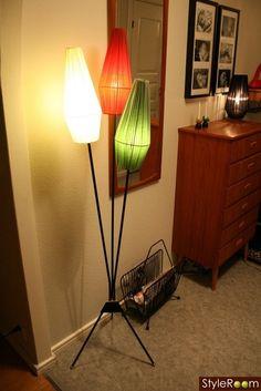 Mid century modern freestanding lamp red white green