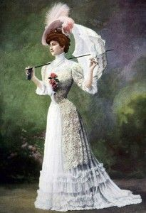 Edwardian Belle Epoque Photograph Of A Woman In A Lace Summer Dress With A Parasol 1900s Fashion, Edwardian Fashion, French Fashion, Vintage Fashion, Vintage Beauty, Gothic Fashion, Ladies Fashion, Belle Epoque, Edwardian Dress