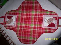 porta travessa - Pesquisa Google Warm, Couture, Sewing, Cerberus, Aprons, Pyrex, Crochet Hood, Scrappy Quilts, Ladies Outfits