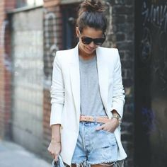 The White Blazer  #stealthelook #look #looks #streetstyle #streetchic #moda #fashion #style #estilo