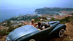 Grace Kelly & Cary Grant in the famous flick To Catch a Thief. I can't figure out what is more stunning, the 1953 Sunbeam Alpine, the South of France or Grace herself? Grace Kelly, Saint Tropez, Monte Carlo, Summer Travel, Time Travel, Travel News, Travel Hacks, Travel Guide, Marseille