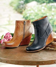 The Michelle Boots by Kork Ease are exquisitely crafted of Tuscan Vachetta leather and a leather-wrapped heel.