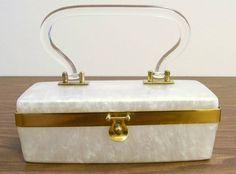 VINTAGE WHITE PEARL LUCITE BOX PURSE