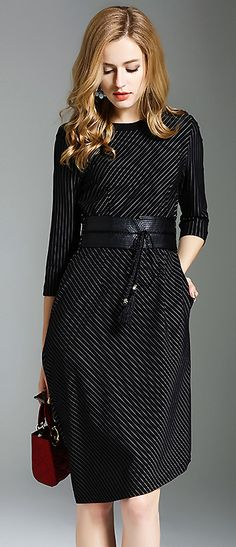 Brief O-Neck Striped Belted Bodycon Dress