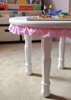 Cute DIY toddler table. Perfect for a playroom, nursery, or girl's room.