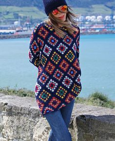 Transcendent Crochet a Solid Granny Square Ideas. Inconceivable Crochet a Solid Granny Square Ideas. Crochet Jacket, Knitted Poncho, Crochet Cardigan, Knit Or Crochet, Crochet Granny, Easy Crochet, Crochet Hooks, Crochet Square Patterns, Crochet Squares