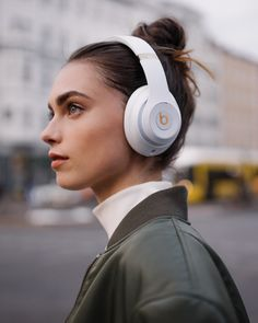 Beats Wireless Noise Cancelling On-Ear Headphones - Apple Headphone Chip, Class 1 Bluetooth, Active Noise Cancelling, 22 Hours Of Listening Time - White Computer Headphones, Girl With Headphones, White Headphones, Noise Cancelling Headphones, Wireless Headphones, Beats Headphones, Lifestyle Photography, Portrait Photography, Beats Studio