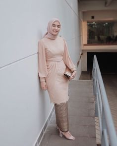 Kebaya Modern Hijab, Kebaya Hijab, Modern Hijab Fashion, Kebaya Muslim, Batik Fashion, Muslim Fashion, Model Kebaya Brokat Modern, Hijab Gown, Hijab Dress Party