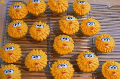 Sesame Street themed Cupcakes - Big Bird