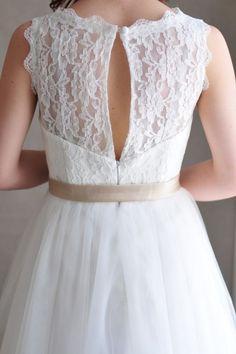 keyhole lace back and champagne ribbon