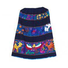 Falda típica de Acateca circular en telar de cintura con flores bordadas a mano.