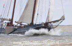 Tweemast tjalk Aagtje onder zeil. Tall Ships, Sailboats, Sailing Ships, Dutch, Design, Sailing Yachts, Dutch Language, Sailboat